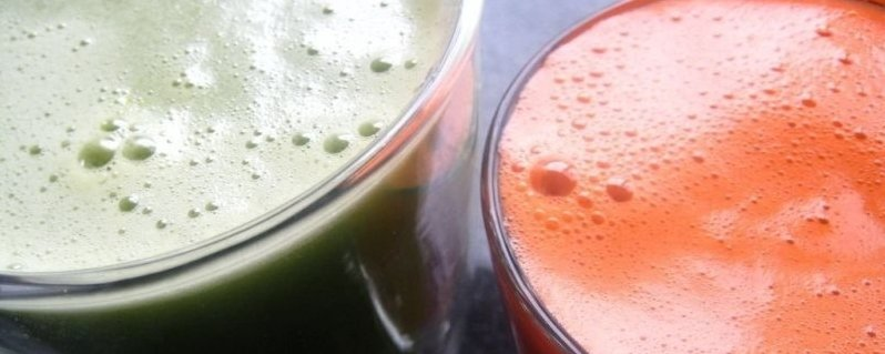 Green-and-Carrot-juices-LARGE.jpg